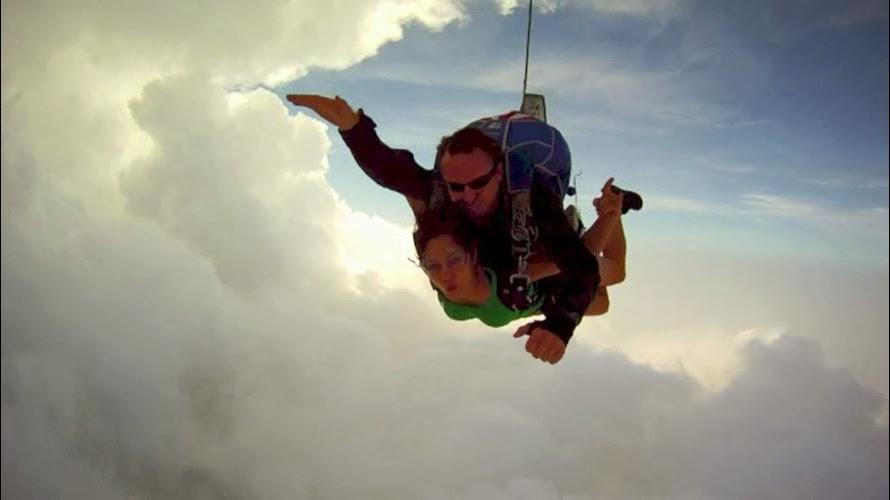 skydiving in thailand