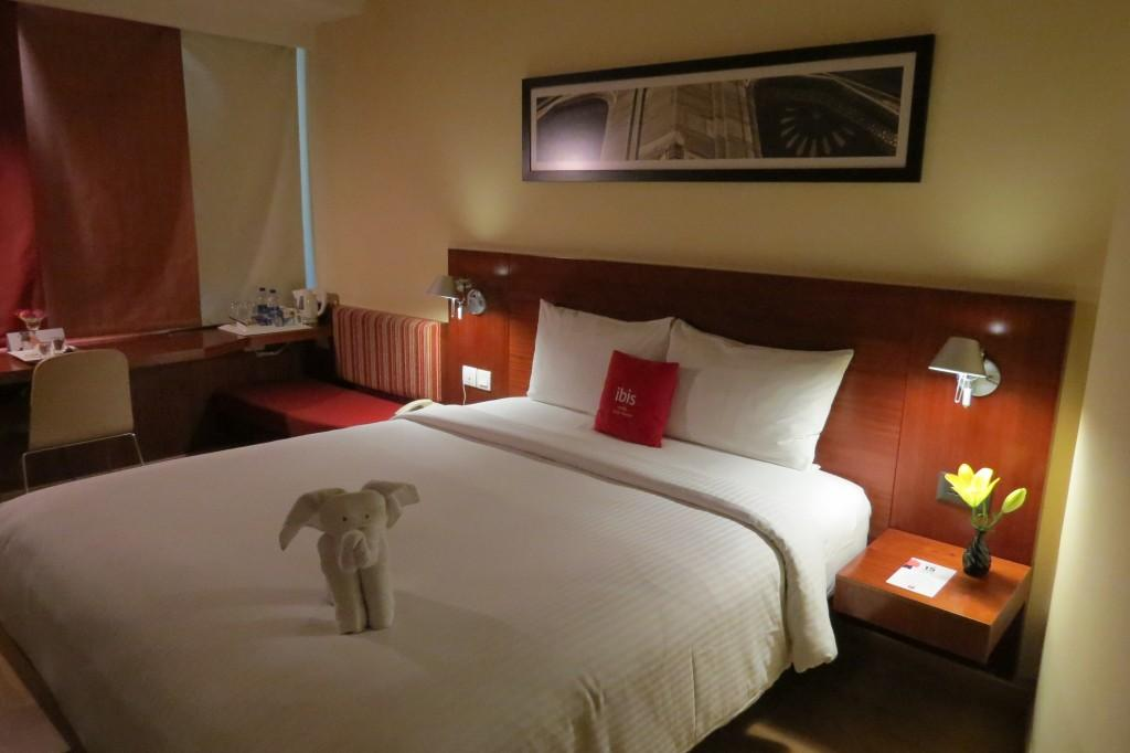 24 hours in hotel ibis aerocity for Cute hotel rooms