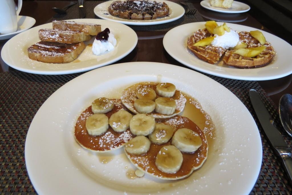 Banana Pancake,Mango Waffle,French Toast,Chocolate Waffle