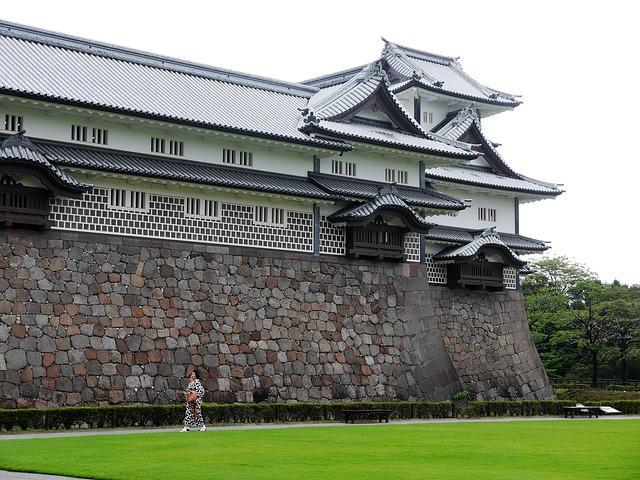 kanazawa-castle japan