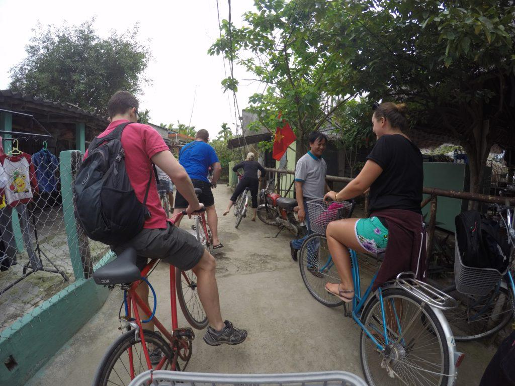 cycling in joi an