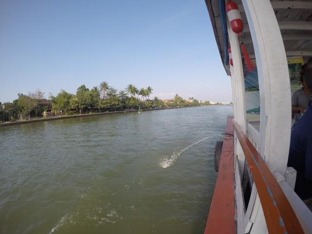 Cruising on Thu Bon River