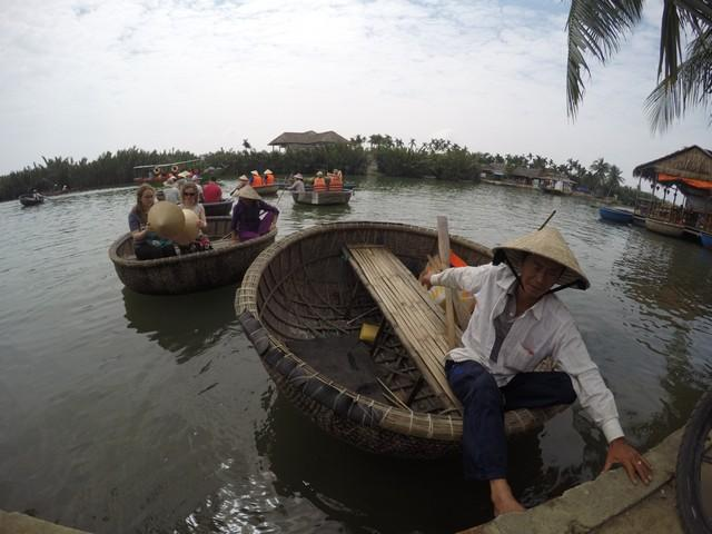 bamboo boat tour