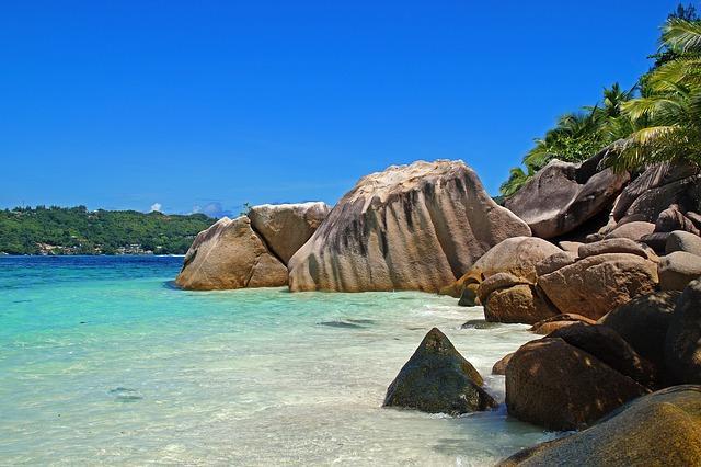 surreal beauty of Seychelles