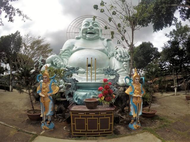 Happy buddha dalat