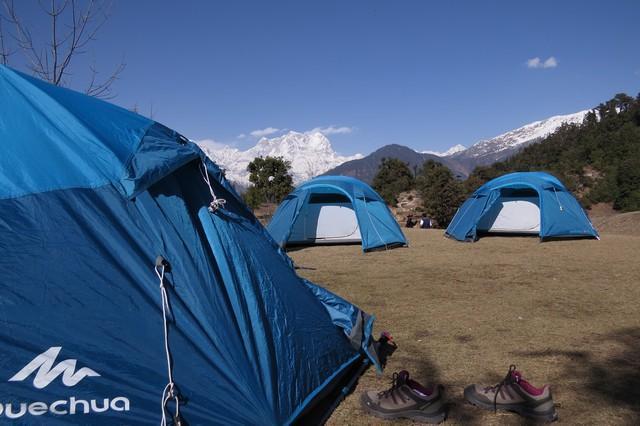 camping in deoriatal