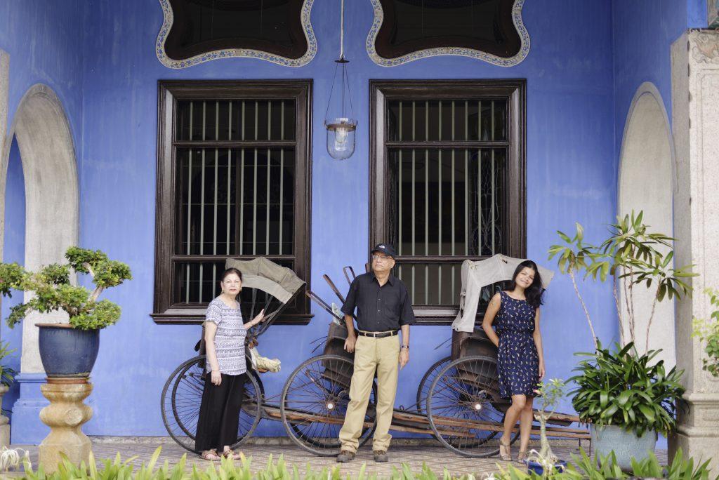 Cute Rickshaws at Entrance of the Blue Mansion