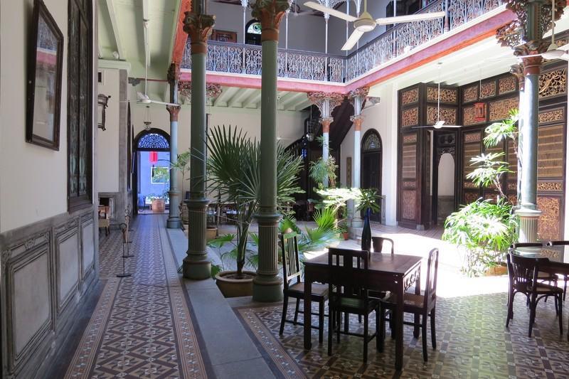 Inside look at Cheong Fatt Tze's Blue Mansion